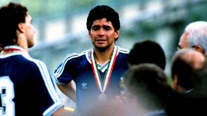 Diego Maradona: Hành trình tạo nên một huyền thoại - Ảnh 4.