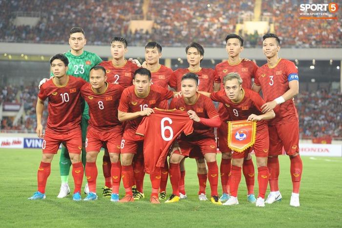 Đội tuyển Việt Nam tăng 1 bậc trên BXH FIFA, tiệm cận top 90 thế giới  - Ảnh 1.
