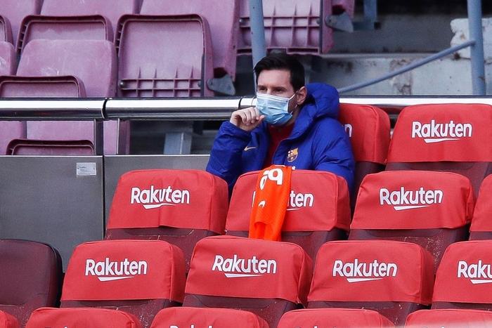 Sau trận đấu bị chê lười nhác, Messi ngồi ghế dự bị nhưng rồi Leo lại chứng tỏ Barcelona không thể thiếu anh - Ảnh 1.