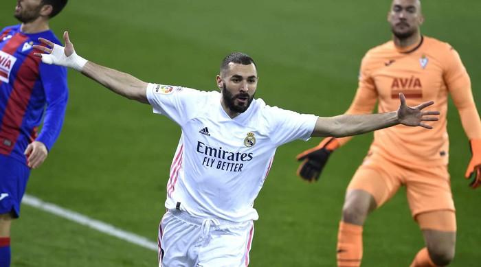 Real Madrid nối dài chuỗi trận thăng hoa - Ảnh 4.