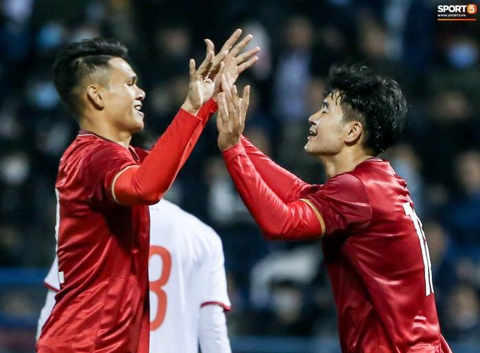 Tuyển Việt Nam chốt địa điểm tập huấn, đối đầu CLB V.League trước vòng loại World Cup - Ảnh 1.