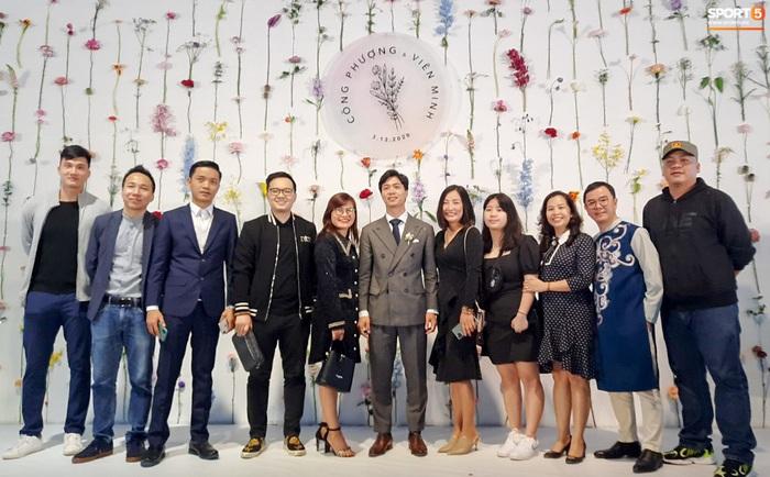 Công Phượng chăm sóc Viên Minh từng li trong lễ cưới ở Nghệ An - Ảnh 6.