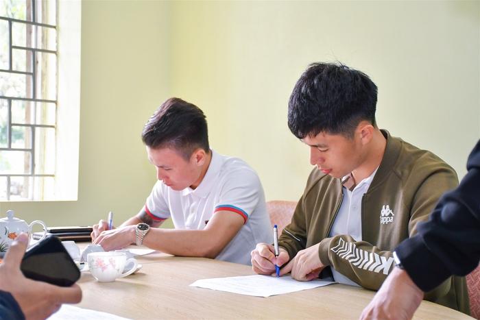 Quang Hải học cùng lúc hai đại học, tiếp tục được nhận học bổng - Ảnh 1.