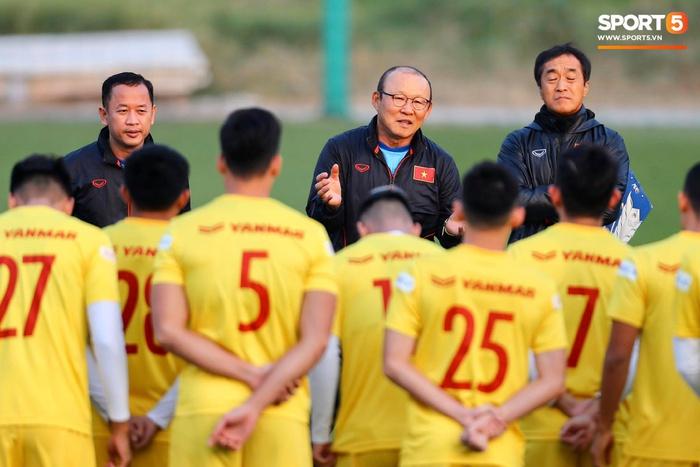 Chốt kế hoạch đội tuyển Việt Nam chuẩn bị cho World Cup 2022: Hai trận giao hữu, xuất phát từ Hà Nội  - Ảnh 1.