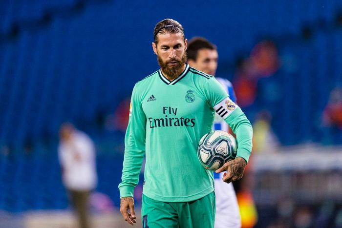 Chàng thủ quân điển trai lập kỷ lục giúp Real Madrid vượt mặt đại kình địch Barcelona, vươn lên ngôi đầu La Liga - Ảnh 4.