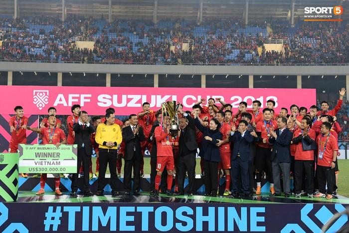 Đã đến lúc thế hệ vàng của bóng đá Việt Nam và cả dân tộc sẵn sàng cho một giấc mơ thành hiện thực - Ảnh 2.