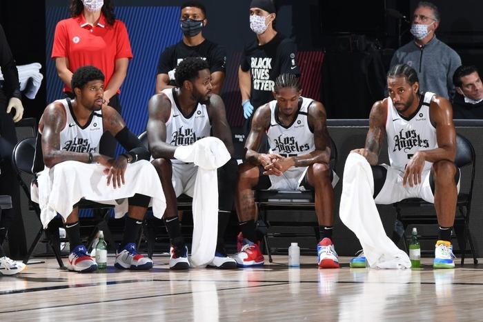 Vứt bỏ cách biệt 18 điểm, Los Angeles Clippers nhận trận thua bạc nhược trước Denver Nuggets ở nửa sau trận đấu - Ảnh 2.