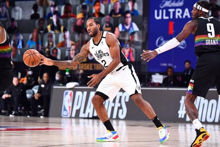 Vứt bỏ cách biệt 18 điểm, Los Angeles Clippers nhận trận thua bạc nhược trước Denver Nuggets ở nửa sau trận đấu - Ảnh 1.