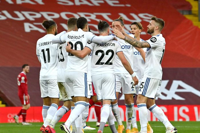 Đội bóng của Bielsa thi đấu kiên cường và chỉ còn cách một điểm ngày mở màn 2 phút nữa (Ảnh: Getty Images).
