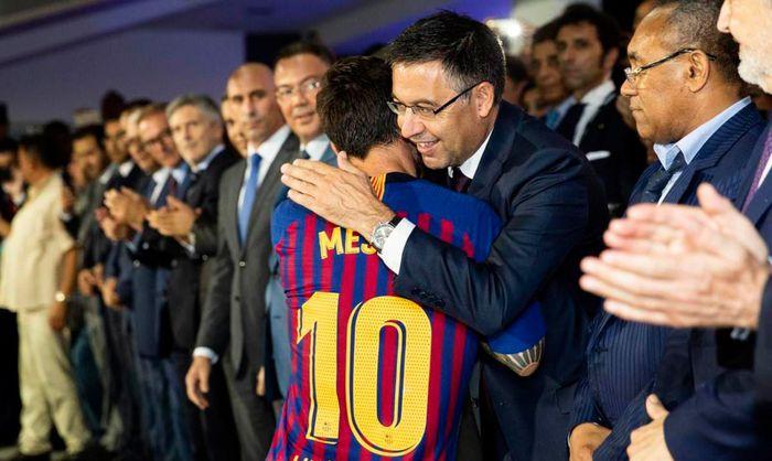 Chủ tịch Bartomeu: CLB nên ăn mừng vì giữ chân thành công Messi - Ảnh 1.