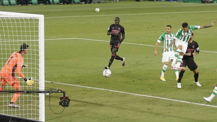 Hưởng quá nhiều lợi thế, nhà đương kim vô địch La Liga vẫn rất nhọc nhằn để dành chiến thắng - Ảnh 3.