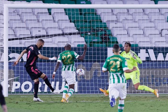 Hưởng quá nhiều lợi thế, nhà đương kim vô địch La Liga vẫn rất nhọc nhằn để dành chiến thắng - Ảnh 5.
