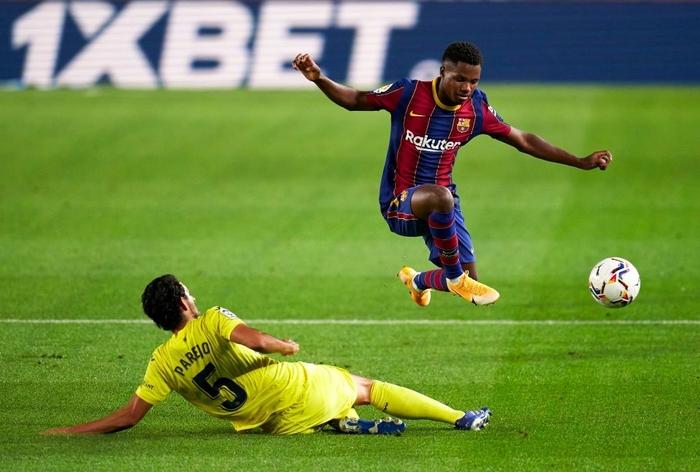 Messi ghi bàn, Barcelona đại thắng trận ra quân La Liga - Ảnh 6.