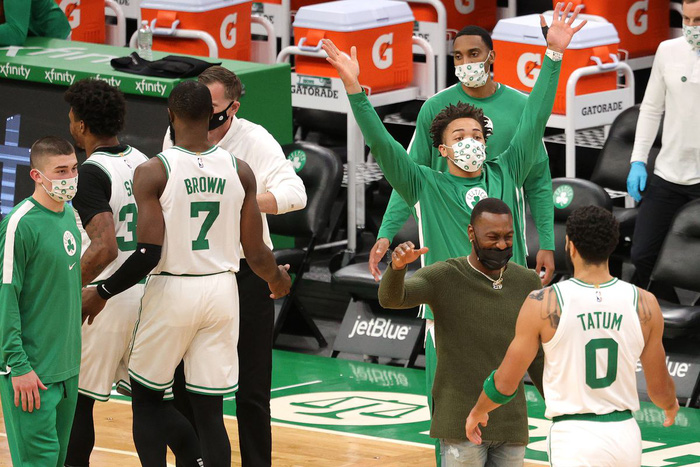 Điêu đứng vì Covid-19, Boston Celtics thiệt quân trước thềm trận đấu với Miami Heat - Ảnh 3.