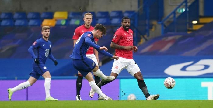 Chelsea và Man City thắng tưng bừng, nhưng cú sốc thảm bại cũng xảy ra với một đội Ngoại hạng Anh - Ảnh 2.