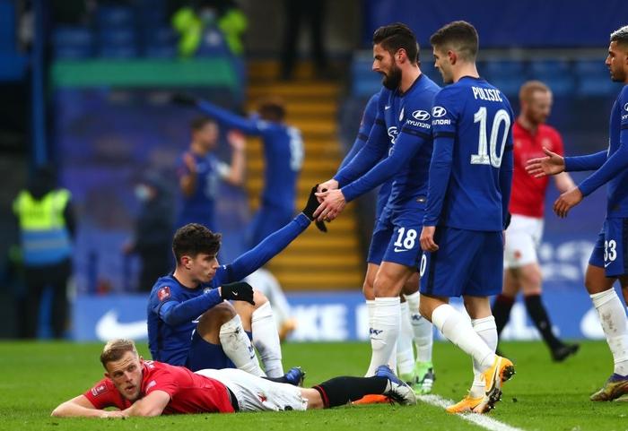 Chelsea và Man City thắng tưng bừng, nhưng cú sốc thảm bại cũng xảy ra với một đội Ngoại hạng Anh - Ảnh 4.