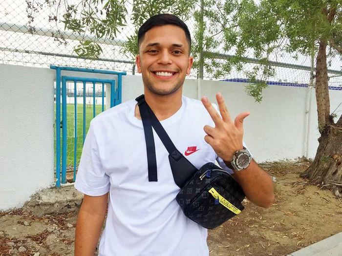 Sốc: Man City bị cáo buộc khai man nghề nghiệp cho phụ huynh của tài năng trẻ Brazil - Ảnh 3.