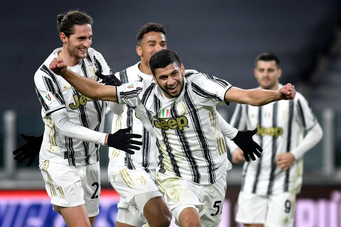 Ronaldo tỏa sáng, Juventus nhọc nhằn vào Tứ kết Coppa Italia sau màn rượt đuổi tỷ số hấp dẫn - Ảnh 1.