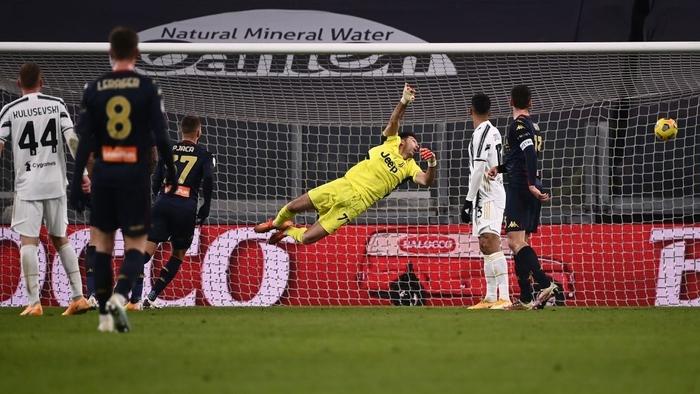 Ronaldo tỏa sáng, Juventus nhọc nhằn vào Tứ kết Coppa Italia sau màn rượt đuổi tỷ số hấp dẫn - Ảnh 7.