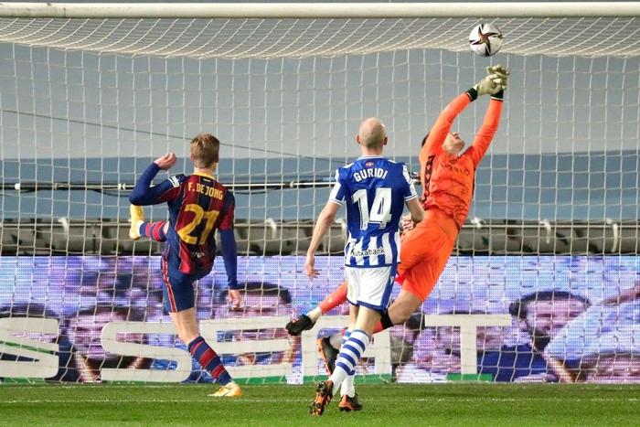 Barca vào Chung kết Siêu cúp Tây Ban Nha sau loạt luân lưu cân não - Ảnh 5.