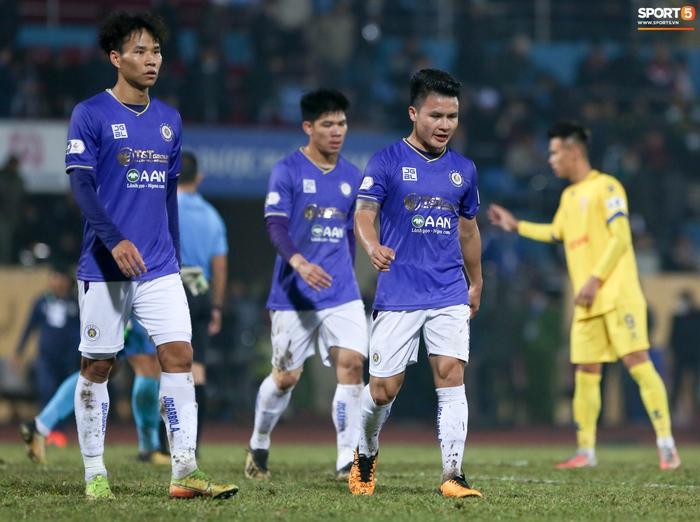 Hà Nội FC thua hai trận đầu vẫn chưa tệ bằng năm đầu tiên Quang Hải đá V.League - Ảnh 3.