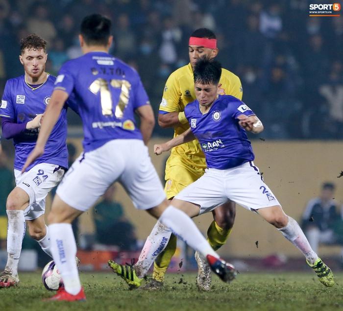 Hà Nội FC khủng hoảng nhân sự, dễ thất bại dù sở hữu hàng công mạnh bậc nhất V.League - Ảnh 2.