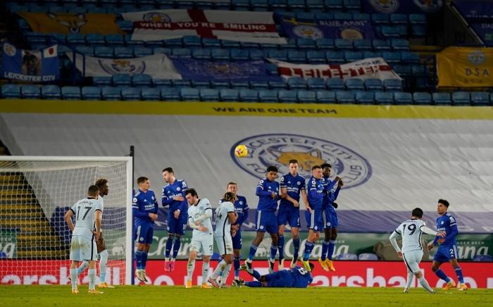 Hạ đẹp Chelsea, đội bóng của tỷ phú Thái Lan vượt MU, vươn lên ngôi đầu Ngoại hạng Anh - Ảnh 5.
