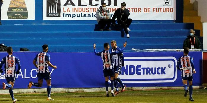 Real Madrid thua sốc đối thủ đến từ giải hạng 4 Tây Ban Nha - ảnh 7