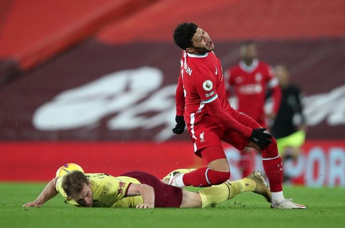 Liverpool thua sốc đối thủ không ngờ tới, chấm dứt kỷ lục bất bại kéo dài gần 4 năm - Ảnh 3.