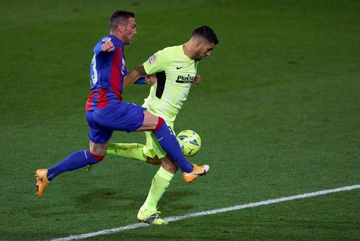 """Đội bóng La Liga """"chơi lớn"""" khi để thủ môn lên sút phạt đền - Ảnh 8."""