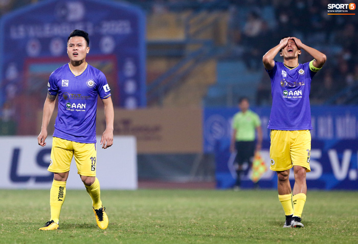 Pha bóng Tiến Linh giật gót tinh tế rồi ghi bàn hạ Hà Nội FC xứng đáng ghi vào sách giáo khoa - ảnh 10