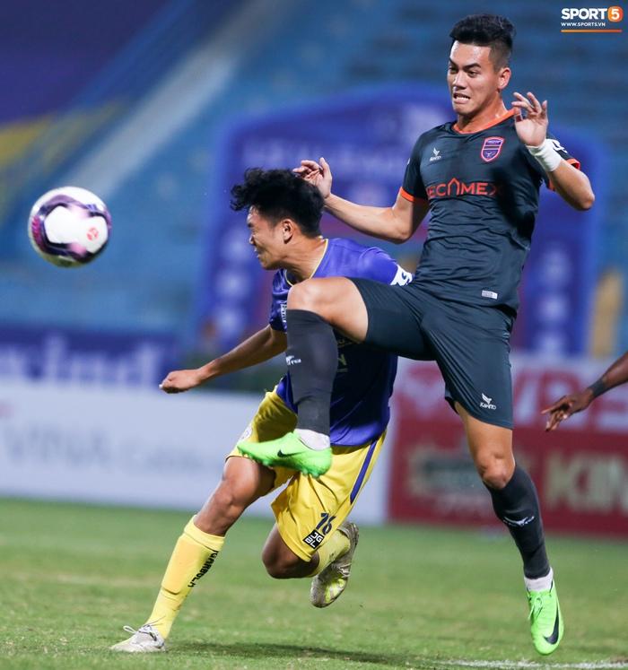 Pha bóng Tiến Linh giật gót tinh tế rồi ghi bàn hạ Hà Nội FC xứng đáng ghi vào sách giáo khoa - ảnh 6