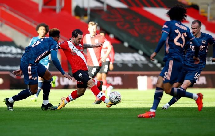 Hậu vệ phản lưới nhà, Arsenal cay đắng rời FA Cup  - Ảnh 5.