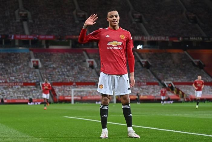 Dùng tiểu xảo hét toáng lên, cầu thủ Liverpool vẫn không thể ngăn tài năng trẻ MU ghi bàn - ảnh 3