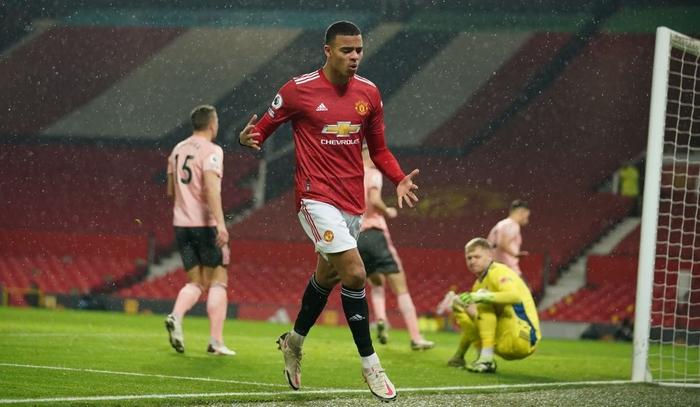 Man Utd thua sốc đội bét bảng, quăng đi cơ hội đòi lại ngôi đầu Ngoại hạng Anh - Ảnh 6.