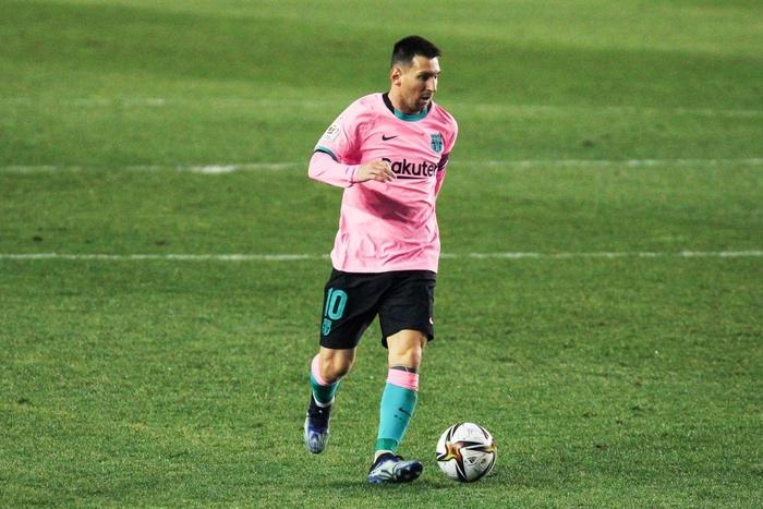Messi tỏa sáng rực rỡ ngày trở lại giúp Barca ngược dòng vào Tứ kết cúp Nhà Vua - Ảnh 6.