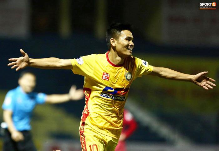Thanh Hóa 3-0 Nam Định FC: Hai bàn thua trong vòng ba phút nhấn chìm đội khách - Ảnh 2.