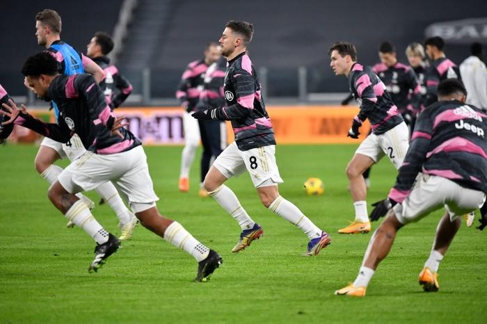 Cristiano Ronaldo lập công lớn ngày Juventus mở tiệc đầu năm - Ảnh 1.