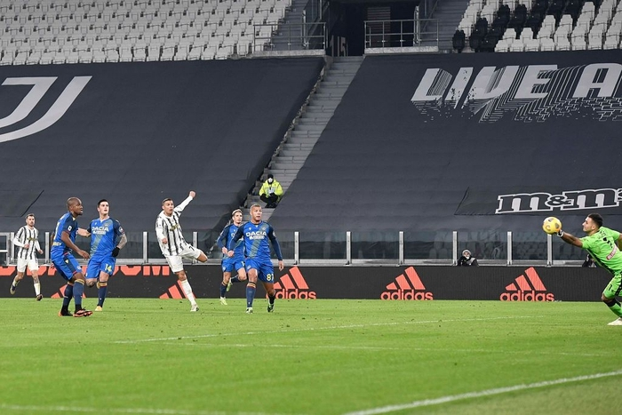 Cristiano Ronaldo lập công lớn ngày Juventus mở tiệc đầu năm - Ảnh 3.