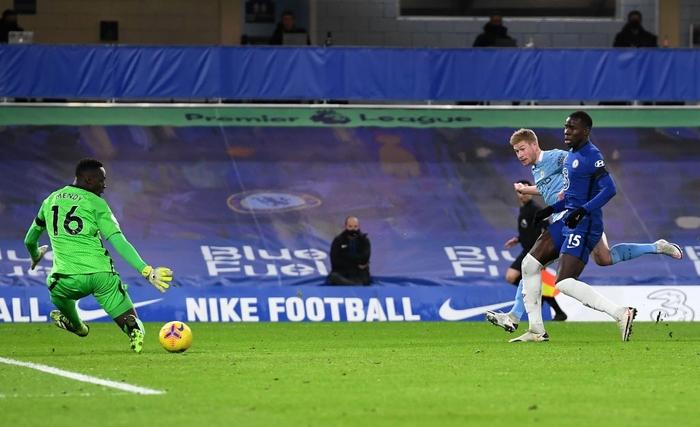 Đè bẹp Chelsea, Man City phả hơi nóng vào cuộc đua vô địch Ngoại hạng Anh - Ảnh 5.