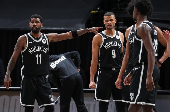"""Thiếu vắng Kevin Durant, Brooklyn Nets bất ngờ """"hủy diệt"""" Utah Jazz trong ngày Kyrie Irving tỏa sáng - Ảnh 2."""