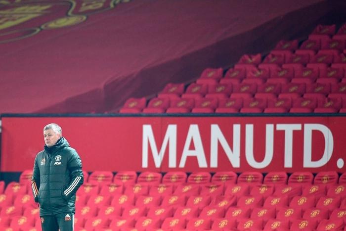 MU bỏ lỡ cơ hội ngàn vàng trước một Man City kiệt quệ - Ảnh 1.