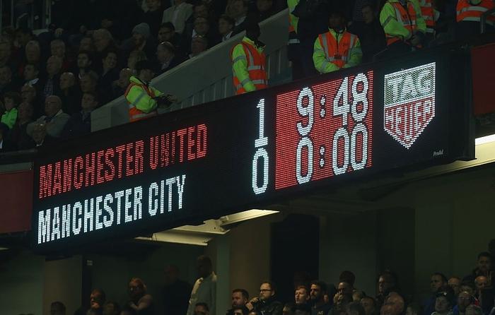MU bỏ lỡ cơ hội ngàn vàng trước một Man City kiệt quệ - Ảnh 2.
