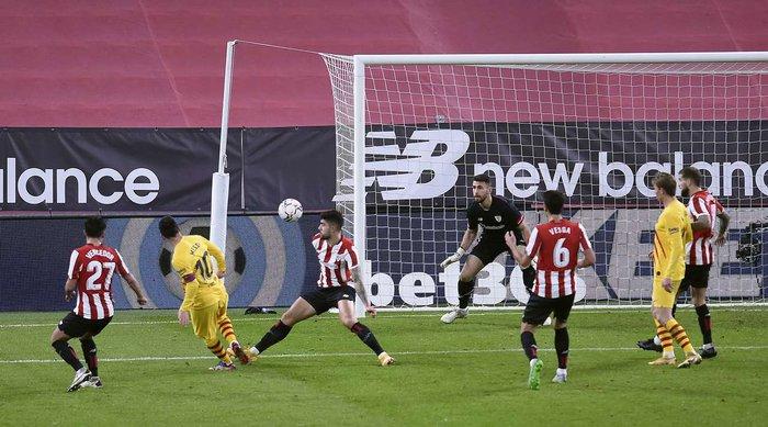 Messi lập cú đúp, Barca thắng Bilbao để vươn lên top 3 - Ảnh 5.