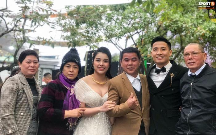 Duy Mạnh - Tiến Dũng lần lượt kết hôn, Đình Trọng cũng tính chuyện cưới vợ? - Ảnh 1.