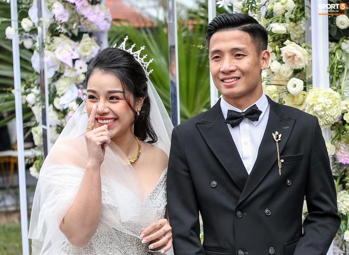 Duy Mạnh - Tiến Dũng lần lượt kết hôn, Đình Trọng cũng tính chuyện cưới vợ? - Ảnh 7.