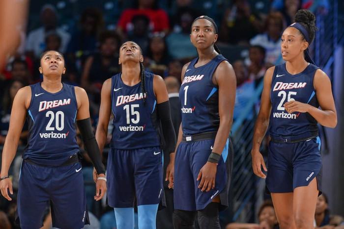 LeBron James lên kế hoạch mua lại đội bóng WNBA để ủng hộ Black Lives Matter - Ảnh 2.