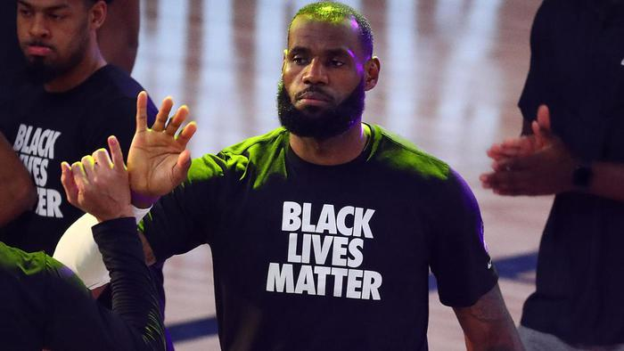 LeBron James lên kế hoạch mua lại đội bóng WNBA để ủng hộ Black Lives Matter - Ảnh 3.