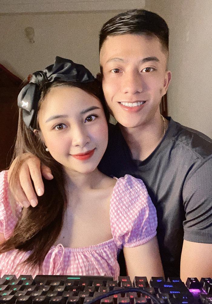 Vợ Phan Văn Đức có pha phản dame đi vào lòng người trước bình luận vô duyên về vợ chồng mình  - Ảnh 2.
