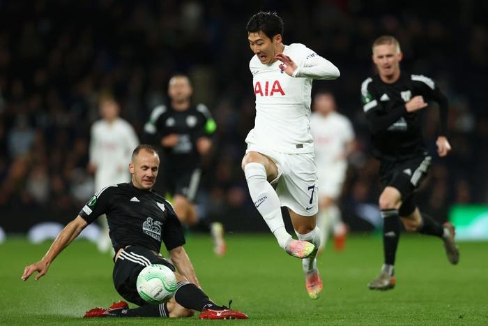 Son kiến tạo, Kane lập hat-trick giúp Tottenham lên đầu bảng xếp hạng Conference League - Ảnh 13.